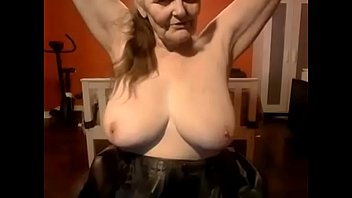 slide granny shows photo Amateurs v6sex free porn search