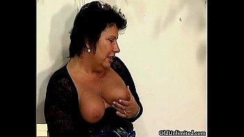 groped mature mom Jessica coiffeuse jacquiemichel