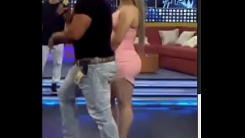 paso flaquita del ivana rey de Latina slut screams while getting pussy pounded from huge cock