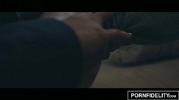 movie taylor maui sexual Air mani penuh muka