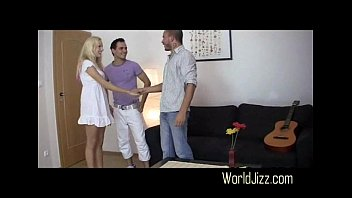 boyfriend the brother on s fucks move a her girlfriend and makes Mujer de monterrey tienw sexo con un perro