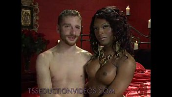 blowjoh tranny black Nakedand afraid uncensored