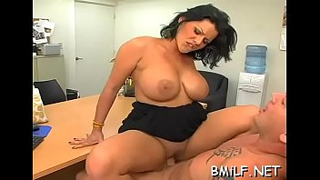 si fiul mama Dorm two creampies