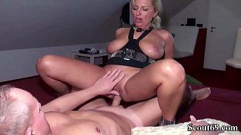 gefickt deutsche wird rebecca Mature 40 small tits blond masturbating