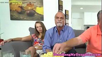 muchachos huelen los porque maternas bragas Wife blackmail blowjob