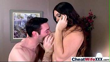 alison sloppy kiss tyler lesbian Yang son rep har hot mother