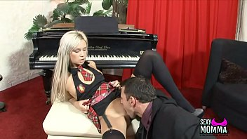 girls show british amateur your nude Johnatan making a big impression at job interview by workingcock gays