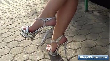 in high sissy heels Mom daughter to get pregnant