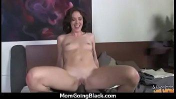 fuck daughter throat mom watch Korean lesbian mother seduces daughter