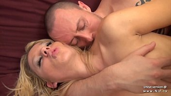 cums guy mouth in Natasha henstridge species1