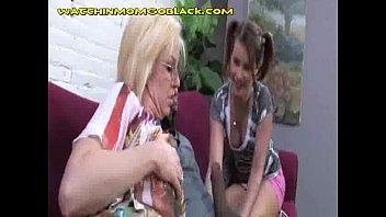 sex boy and teen son mom video Pregnant mom xxx son video