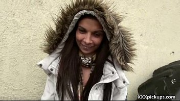 90 nv rus girls flash public watching Ed powers bus stop tales leanna foxx