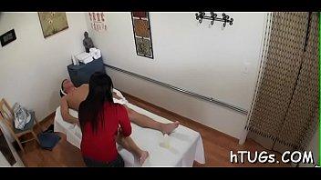 super asain heroine forced Ama de casa coje con el fontanero