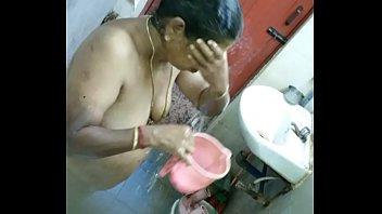 in aunties sex saree Karesmakapur fucking movie