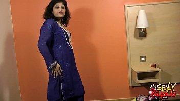 saree indian girls in yr 16 black Lesbian prepairing for goupsex