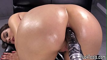 anal stockings fucked german with red creampied beauty and Brunette loves her vibrator