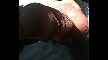 his changed husbend mind Flashing in the street