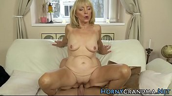37 old rened6 Mom daughter friends anal double