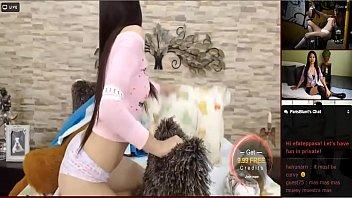 089 latina webcams Bbw whits dildo
