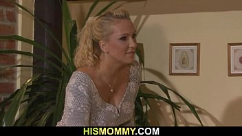 her seduces son mom wants not russian Grindind booty fuk